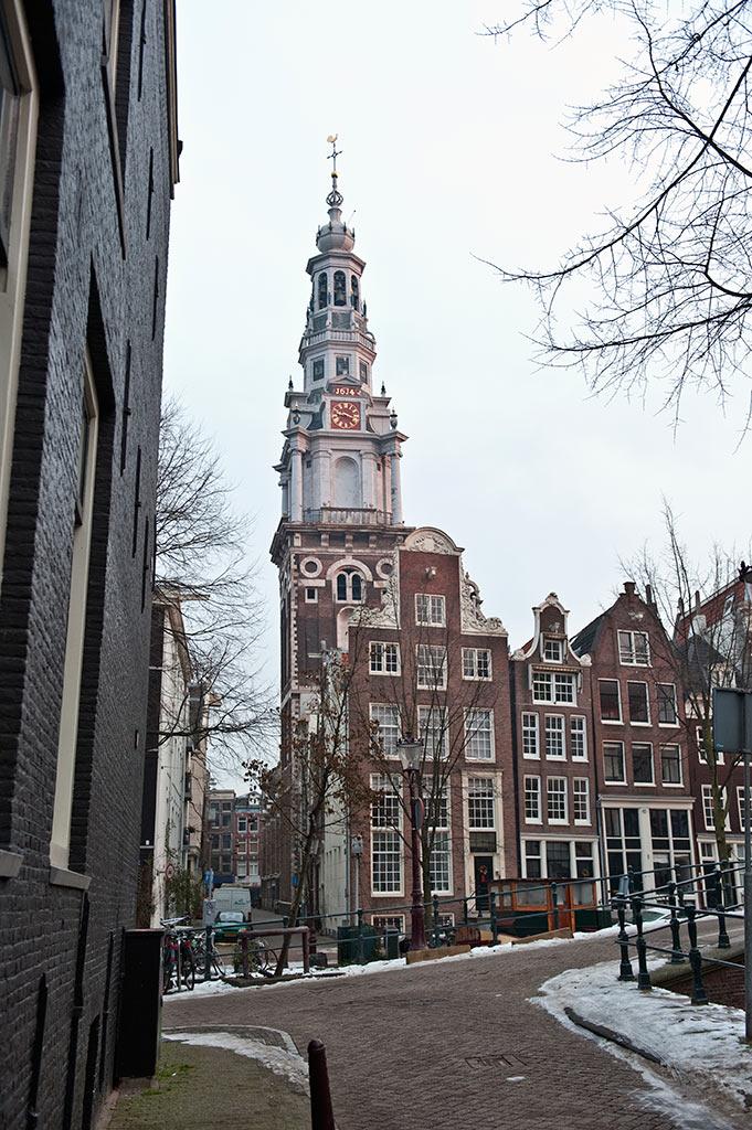 Ancienne église protestante, la Zuiderkerk abrite aujourd'hui les services d'urbanisme d'Amsterdam.