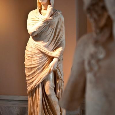 Statue de Cornelia Antonia. Antioche (2e s. av. J.-C.) Istanbul. Musée d'Archéologie