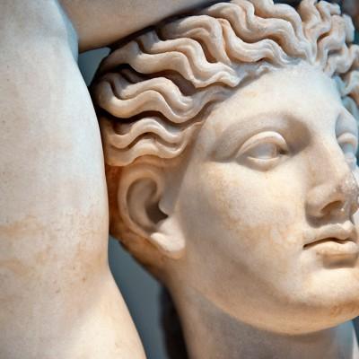 Apollon jouant de la cithare - Marbre - Romain - second siècle après J.-C. - Milet Turquie