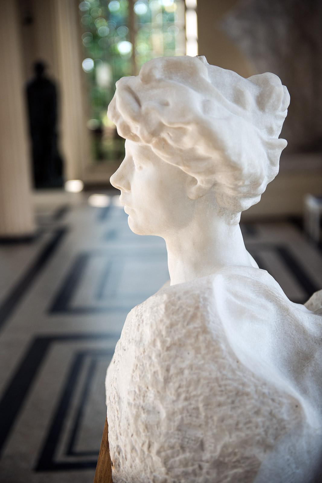 Eve Fairfax -1905 – Marbre