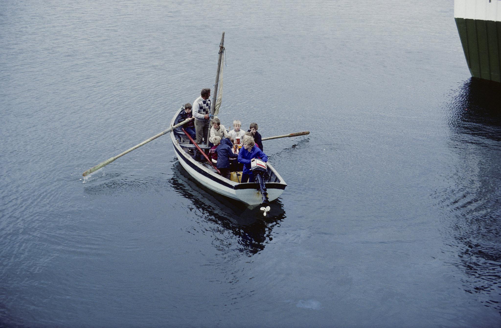 Au fond d'un bras de mer sur la côte sud du Donegal, Killybegs est une petite ville d'environ 1 500 habitants et le plus gros port de pêche