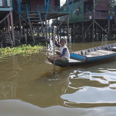 Situé à quelques kilomètres de Siem Reap, le village flottant de Chong Kneas se trouve sur les rives du lac Tonle Sap.