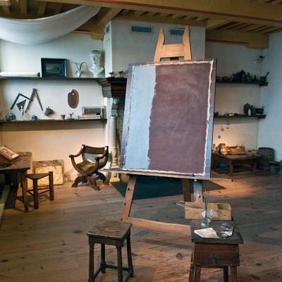 On dit que c'est ici que Rembrandt a peint ses plus grands chefs d'oeuvres tels que Ronde de nuit, aujourd'hui exposé au Rijksmuseum.Un chevalet, des pinceaux, des pigments… rien ne manque.