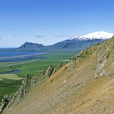 La grande péninsule Snæfellsnes est située à l'ouest du Borgarfjördur en Islande. Glacier Snæfellsjökull>
