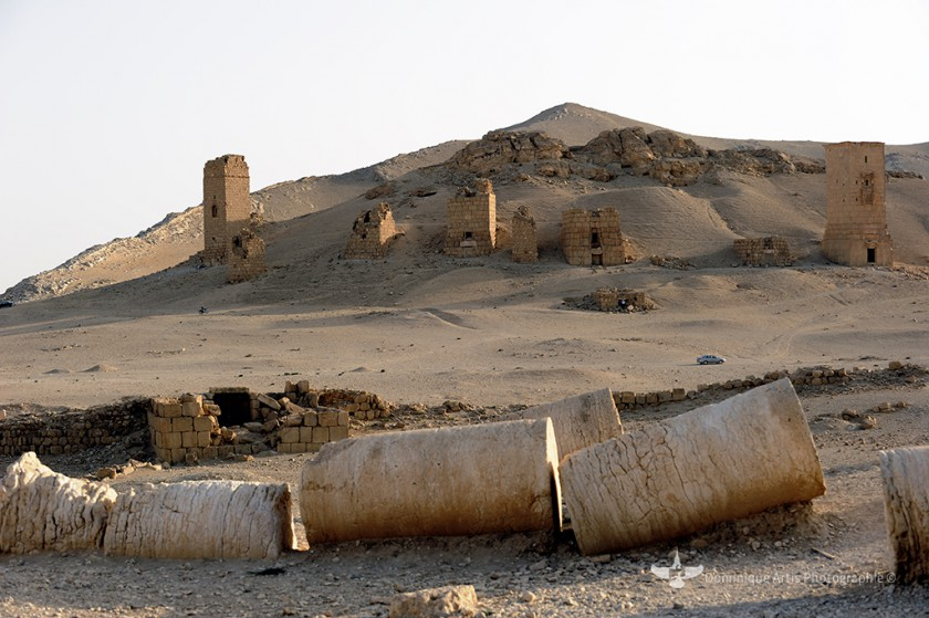 Palmyre : destruction de trois tours funéraires de la nécropole.