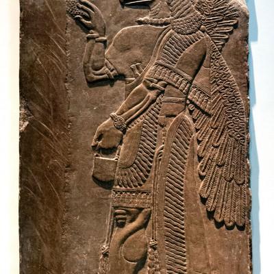 Esprit protecteur à tête d'aigle - Assyrie, 865-860 Av. J.-C. Nimrud, temple de NInurta.