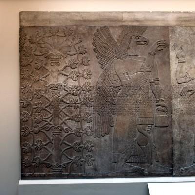 Sculptures, bas reliefs en plaques murales Assyriens