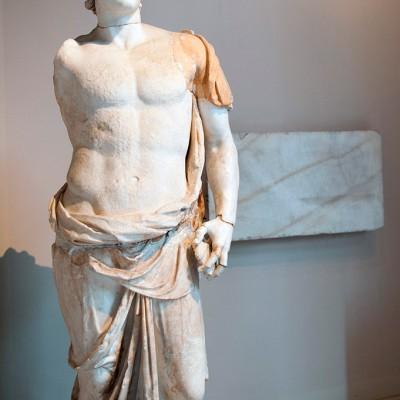 Statue - Grèce hellénistiquevers IIIème siècle avant J.C.