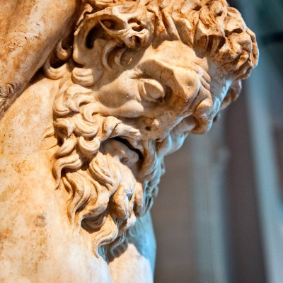 La statue de Marsyas, daté de l'époque hellénistique, a été retrouvé à Tarse, une ville historique en Turquie du centre-sud.