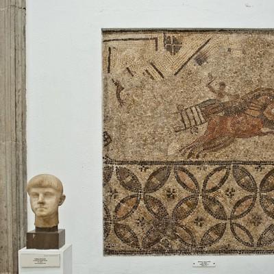 Mosaïque avec scène de cirque - Paradas (Seville)- Musée Archéologique de Séville