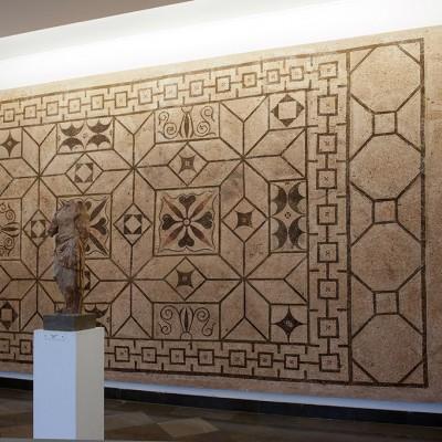 Mosaïque et amphores salle 23 - Musée Archéologique de Séville