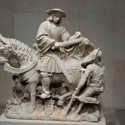 Saint Martin à cheval partageant son manteau avec un mendiant - France - 1531 - Calcaire Musée Calouste Gulbenkian - Lisbonne