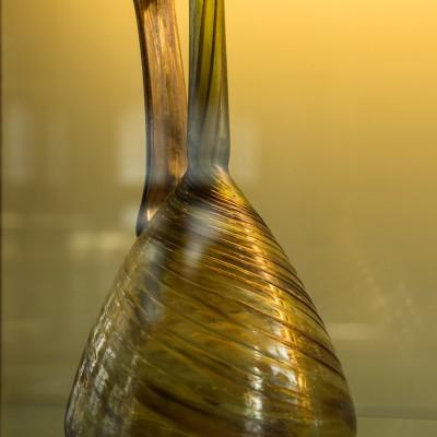Verre- gallo-romains, 2e moitié Ie siècle - début IIe siècle, H. 27 (Namur, Musée archéologique).