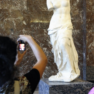Aphrodite dite « Vénus de Milo » Grèce, Archipel des Cyclades, 130-100 av. J.-C., marbre de Paros