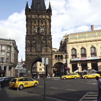 La Tour poudrière, de style gothique tardif.