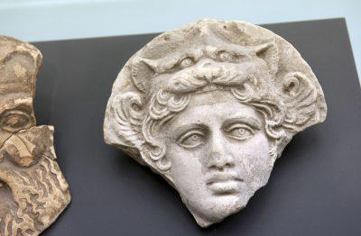 Tête de la déesse Artémis Bendis - Taranto IVesiècle avant J.-C.