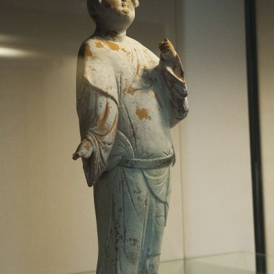 Woman - 720-50, Tang Dynasty - Painted earthenware - Victoria and Albert Museum
