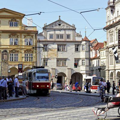 Place Mala Stranà (Malostranské Námesti).
