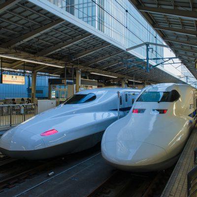 Le Shinkansen à la gare de Tokyo