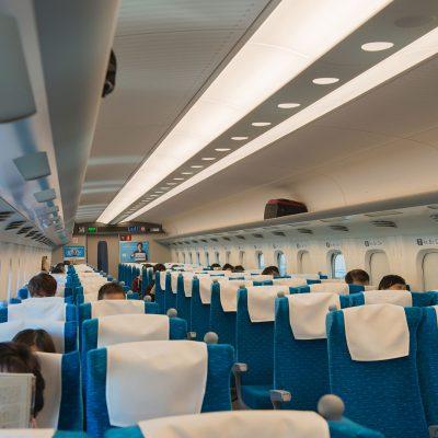 Le Shinkansen : l'intérieur d'une voiture