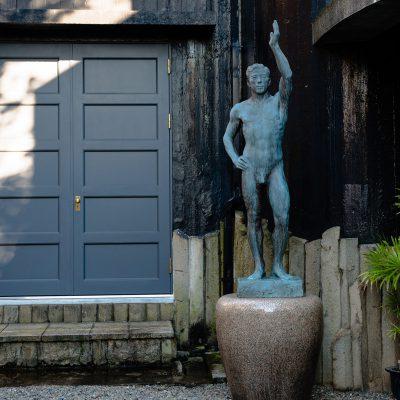 Le musée d'Asakura Choso a été à l'origine construit par le sculpteur Fumio Asakura (1883~1964), connu comme étant le père de la sculpture moderne japonaise. C'était à la fois son atelier et sa maison.