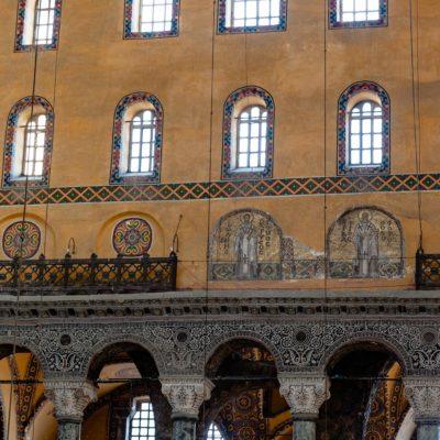 Vue de l'intérieur de la basilique de Sainte-Sophie à Istanbul